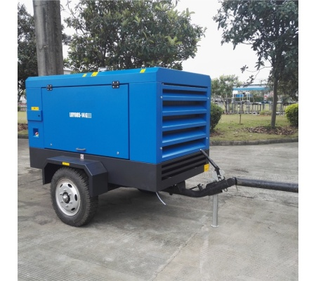 424cfm-7bar-atlas-copco-portable-diesel-air-compressor